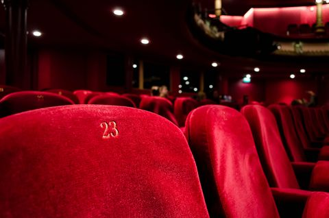 red-seats-theater